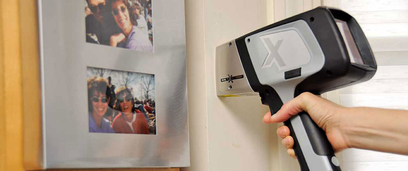 Handheld XRF gun detects defective Chinese drywall
